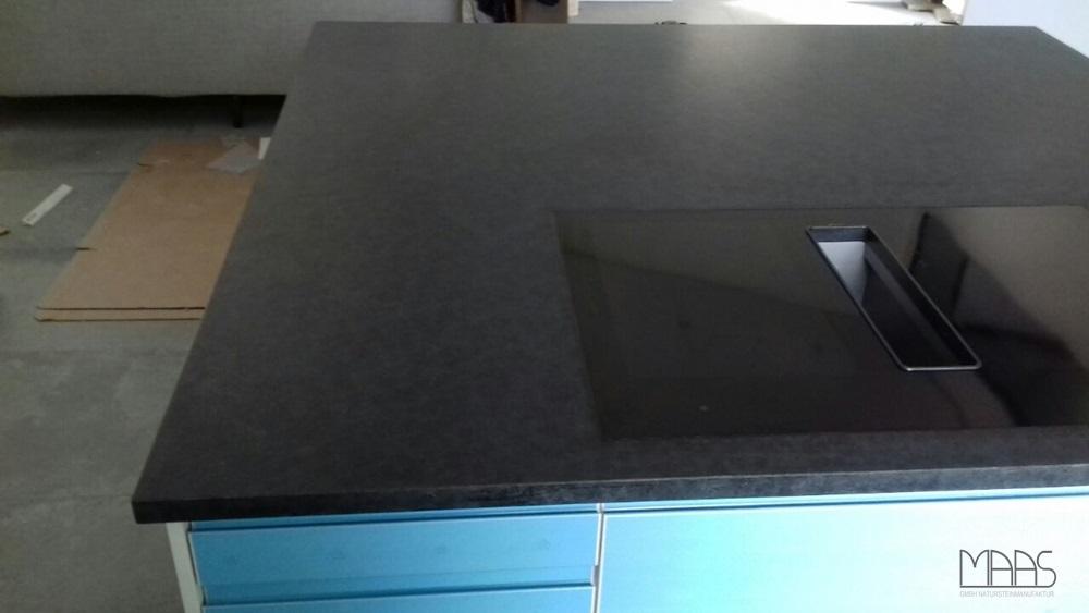 Darmstadt IKEA Küche mit Granit Arbeitsplatten Alexander Black