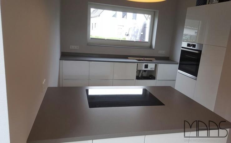 Aachen IKEA Küche mit Gris Expo Silestone Arbeitsplatten