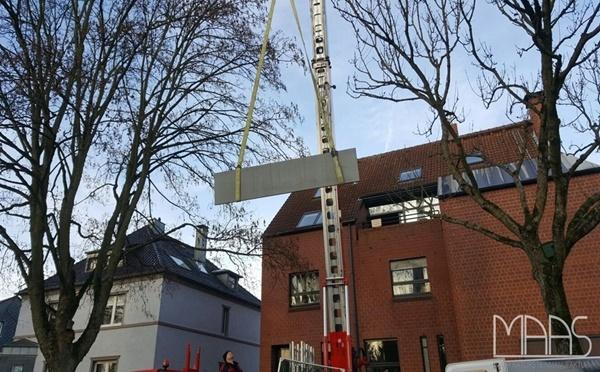 Aufmaß, Kranlieferung und Montage - Bochum Alexander Black Granit Arbeitsplatten