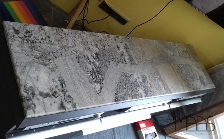 Naumburg (Saale) Mont Bleu Granit Abdeckplatten