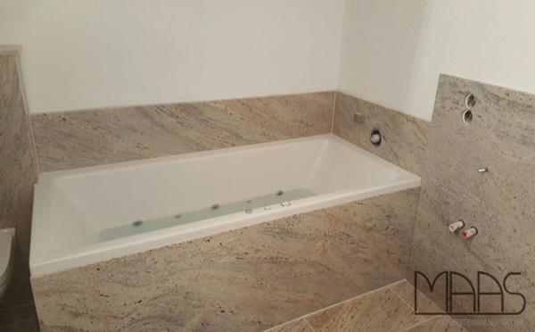 Stuttgart Cielo White Granitplatten im Badezimmer
