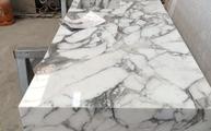 Marmor Arabescato Cervaiole mit polierter Oberfläche und 3,0 cm Stärke