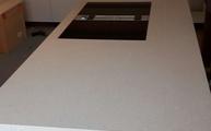 Kücheninsel mit Caesarstone 7141 Nova Aurora Arbeitsplatten