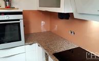 Küchenrückwände aus Glas RAL 3012