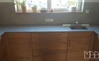 U-Küche mit einer Silestone Arbeitsplatte