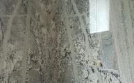 Montage der Granit Rückwand Mont Bleu