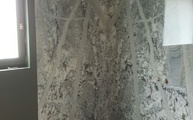 Dusche mit den Granit Mont Bleu